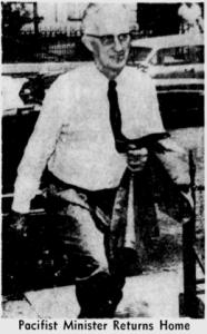 McCrackinReturns Home-Milwaukee Journal photo-1959